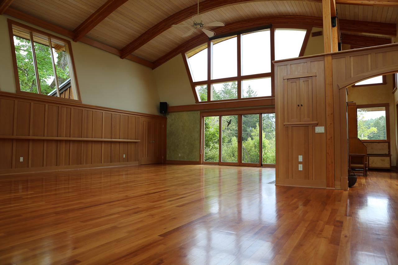 Inside Gatehouse (1)