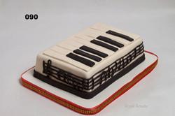 торт піаніно