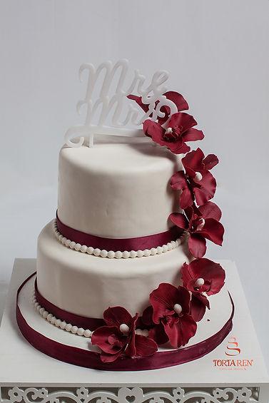 Весільний торт з орхідеями