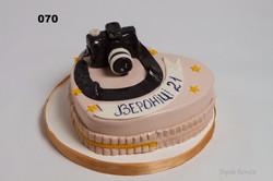 торт з фотоапаратом