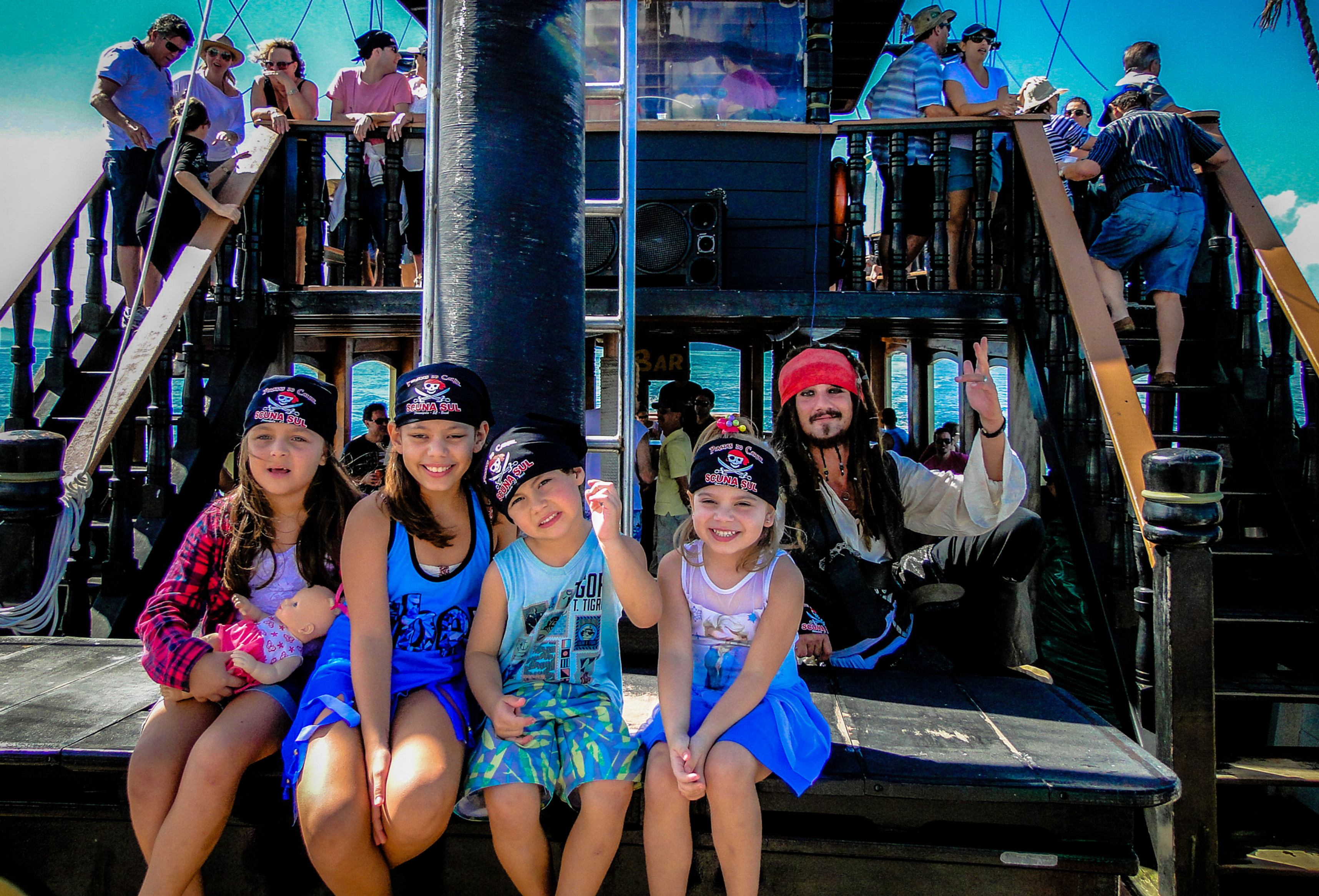 Barco Pirata Meia Entrada - 06 à 12 anos