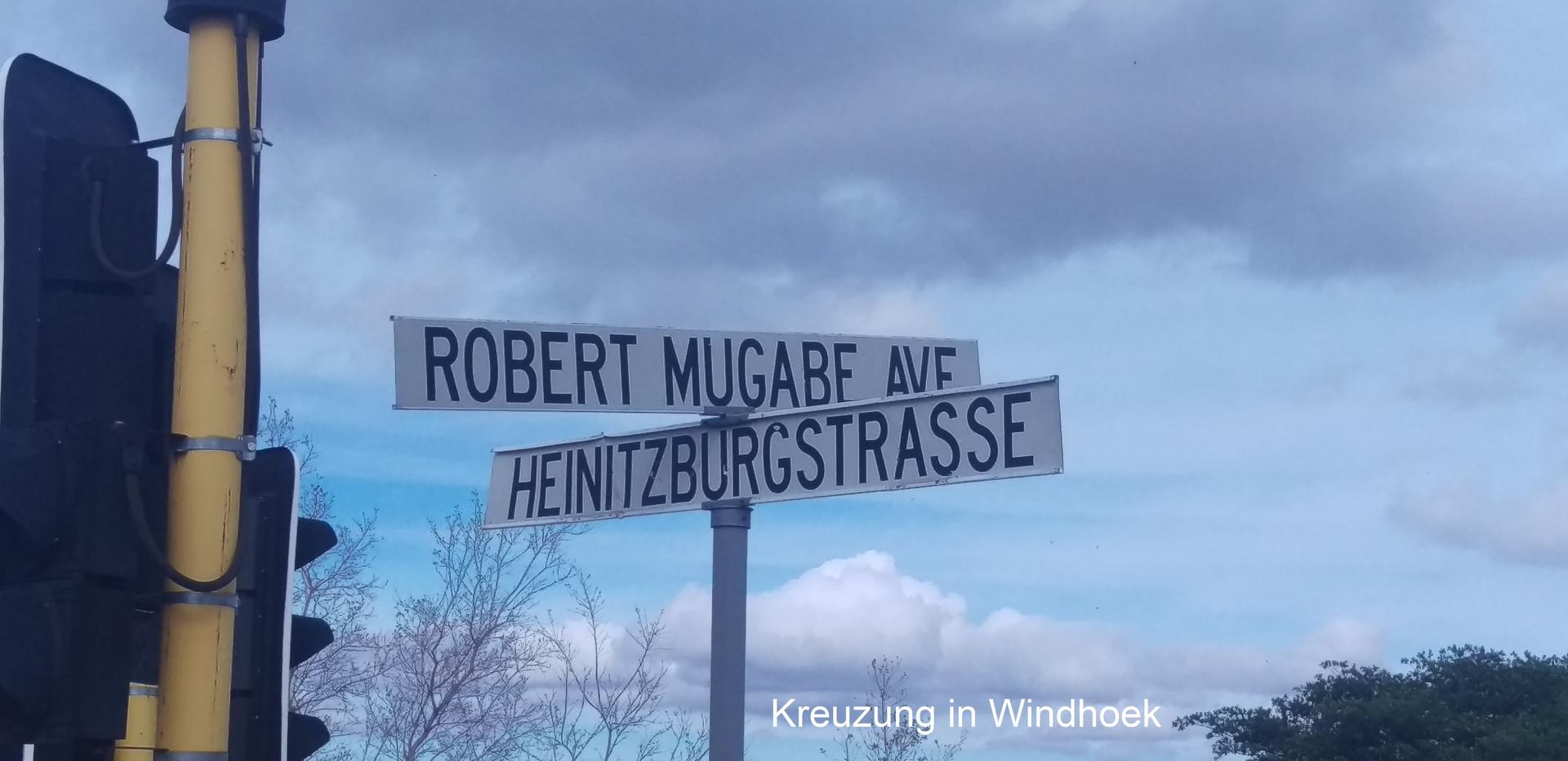 Kreuzung Windhoek_beschriftet.jpg