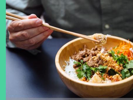 Inspiratieloos? Probeer deze Aziatische lunch bowl