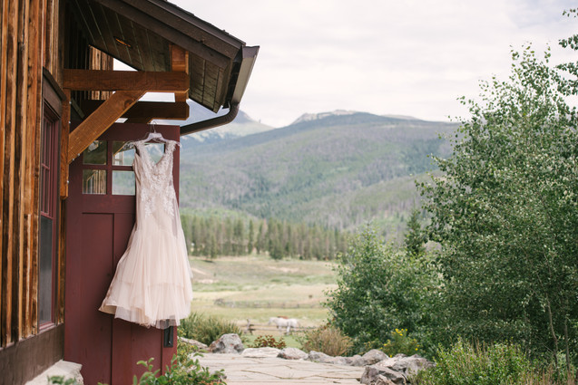 wedding dress devils thumb ranch