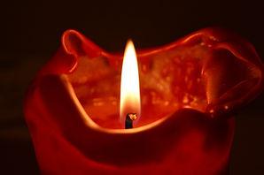 candle-2069071_1920.jpg