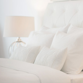 How to Get a Luxury Hotel Bedroom