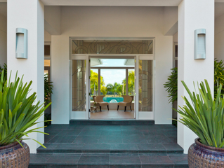 The Best Palm Beach Luxury Home Builder? Learn Why It's Beacon