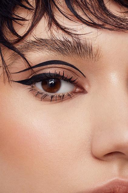 Eyeliner beauty close-up