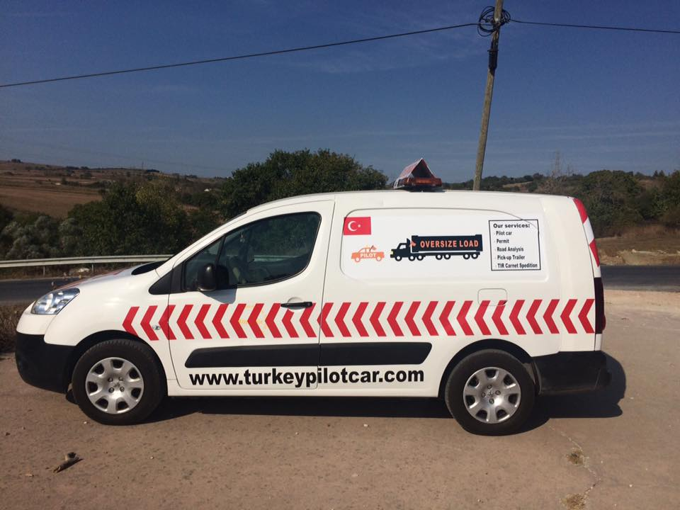 Turkey Pilot Car