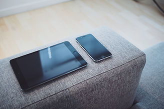 smartphone_tablet_sofa.jpg