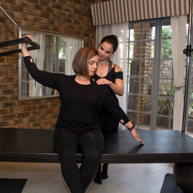 Shoulder work on the cadillac Sulene doing class with Chrisna