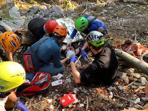 Wanderer stürzte über steiles felsdurchsetztes Gelände am Windhagkogel ab.