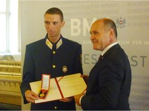 Alpinpolizist und Bergretter Michael Gruber erhält Auszeichnung