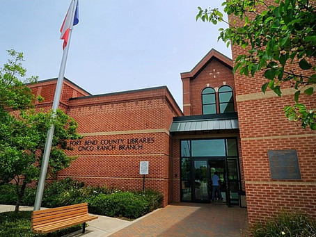 Cinco Ranch Library Resumes Curbside Pick-up Service