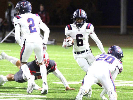 Tompkins and Mayde Creek High School Football Teams Advance in Playoffs