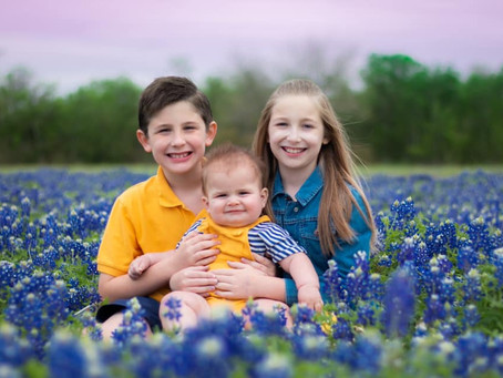 Snapshots Capture the Beauty of Katy Families and the Texas Bluebonnets