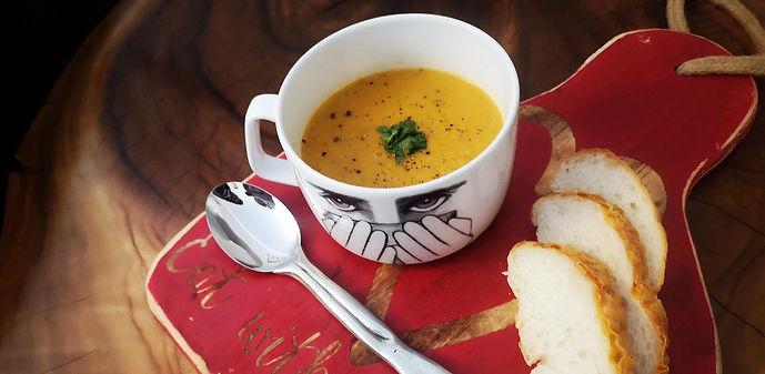 marlo-recipe-tomato-bacon-soup_edited.jp