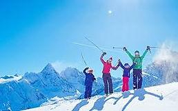 family skiing.jpg
