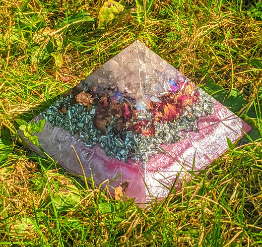 """Divine Love Crystal EXTRA LARGE GIZA Orgonite Pyramid (5.5"""" sq in base)"""