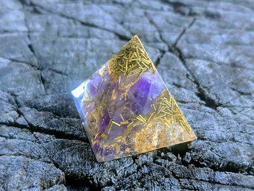 Amethyst & Copper Orgonite' Mini Pocket/Pendant Protection Pyramid