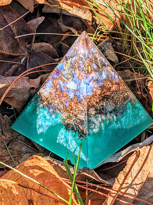 "NEW! Tall 'Healing Waters' Orgonite Pointy Crystal Pyramid (2.5"" Tall)"