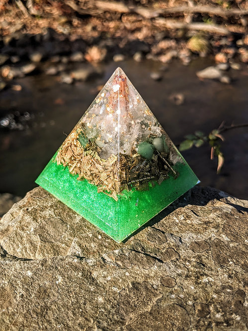"""NEW! Tall 'A New Earth' Orgonite Pointy Crystal Pyramid (2.5"""" tall)"""