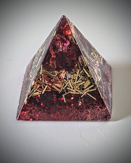 'Garnet & Gold Orgonite' Mini Pocket/Pendant Protection Pyramid