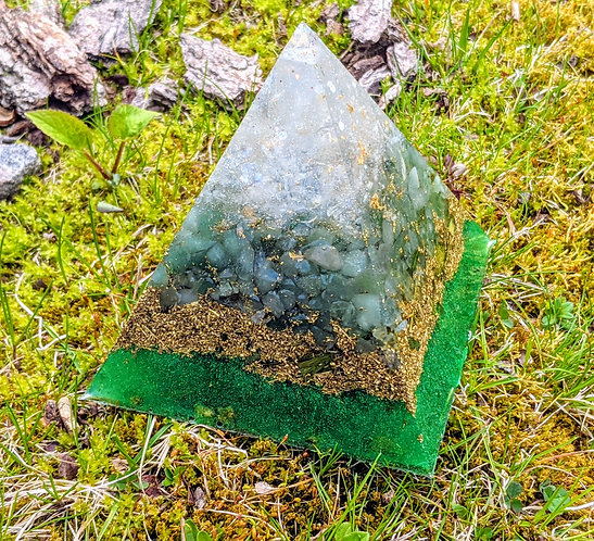 "NEW! LARGE 'A New Earth' Orgonite Pointy Crystal Pyramid (4.5"" Tall)"