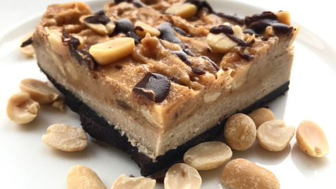 VEGAN SNICKERS BARS!
