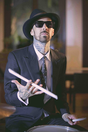 "TRAVIS BARKER ""100"" MUSIC VIDEO"