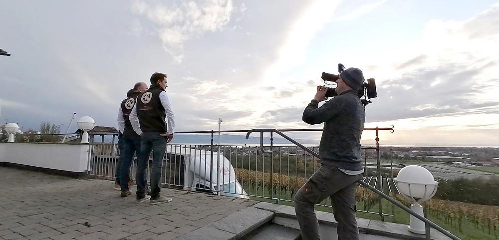 Pixelflow Videoproduktion München, Kameramann André Schmitt mit Familie Steinhauser