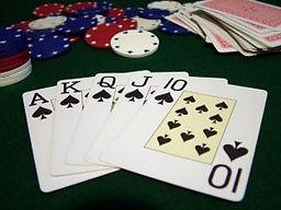 poker-hand_2246219.jpg