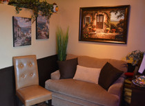 Comfortable waiting area for those busy nights. Be sure to call for reservations.