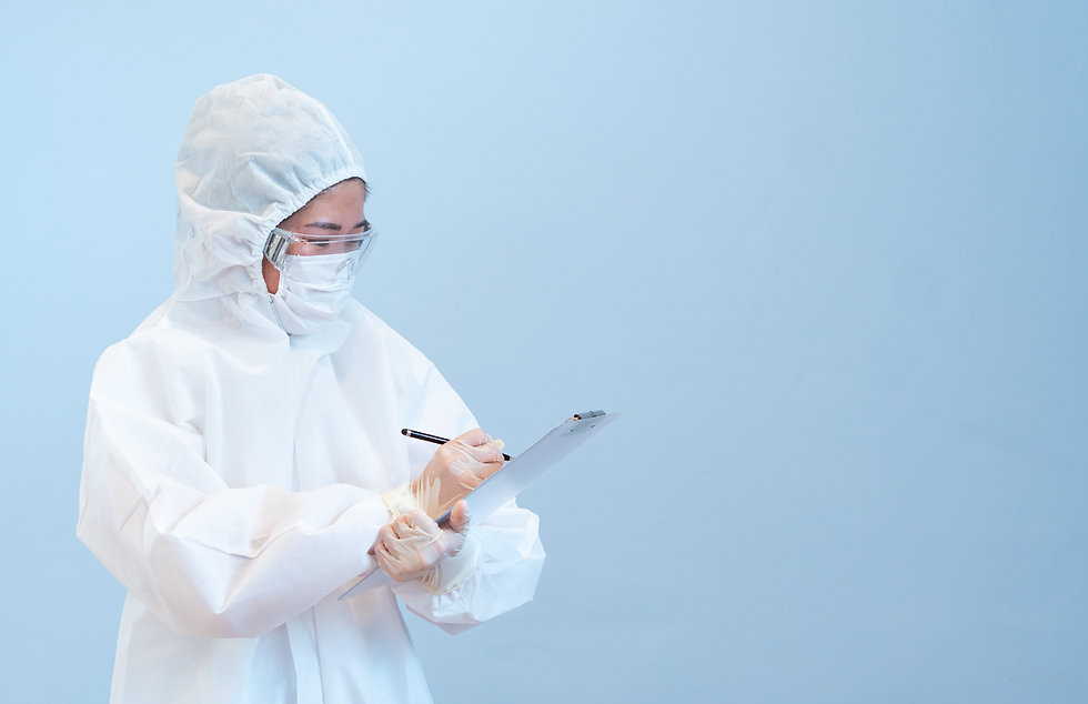 A woman doctor wearing personal protecti