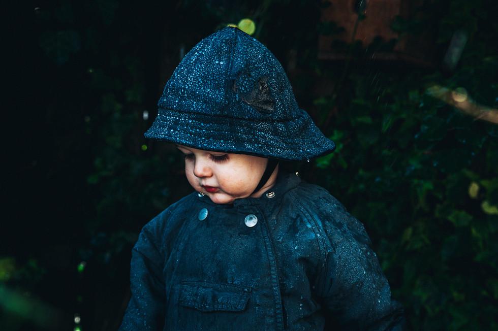 jeanique kats_ rain hat_child_no guard9.