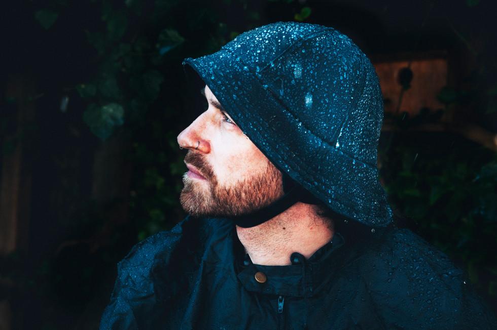 jeanique kats_ rain hat_male_adult_neckg