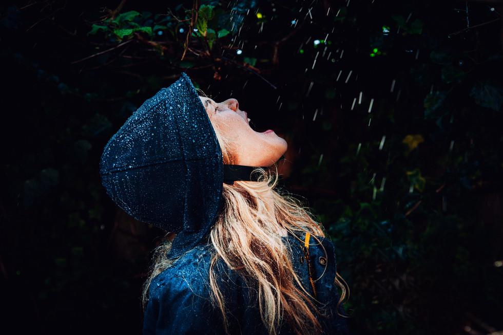 jeanique kats_ rain hat_child_no guard4.
