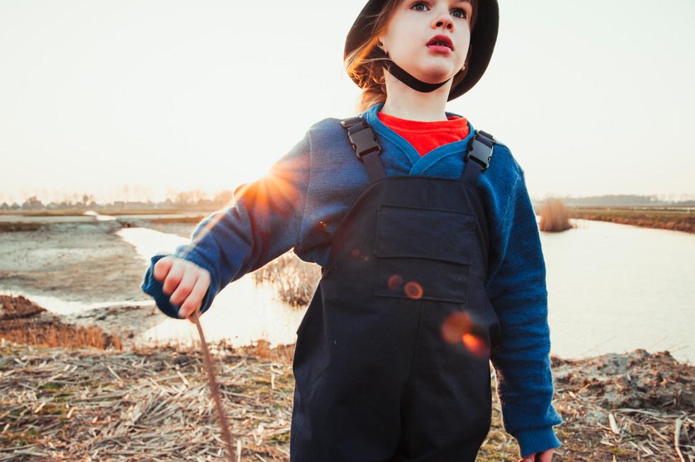 jeanique kats_ rain overalls_hat_ child