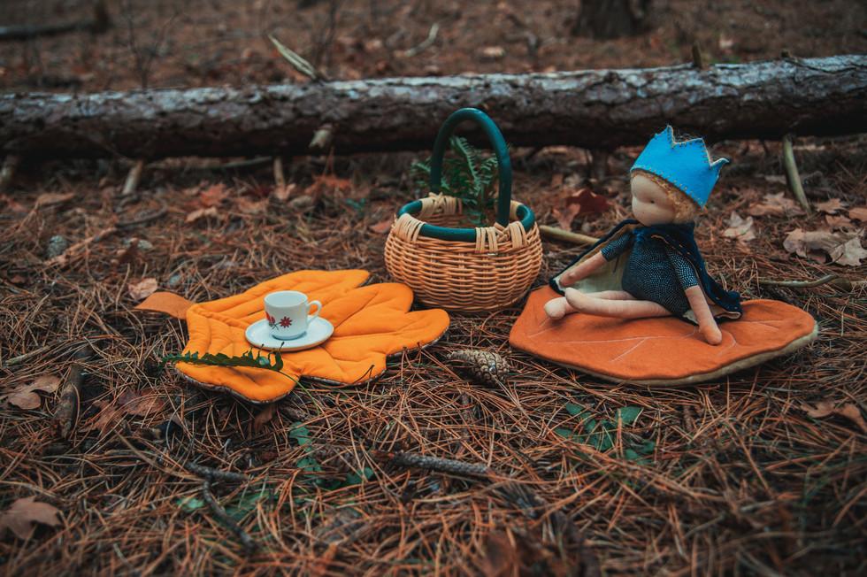 jeanique kats_leaves_doll2.jpg