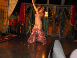 Adina, danseuse orientale à Nice