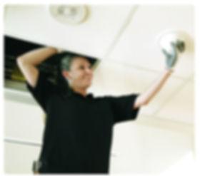 Plaatsing van een passieve omnidirectionele plafondantenne