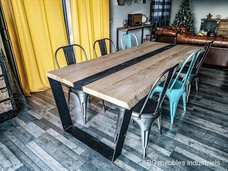 Table à manger contemporaine réf127