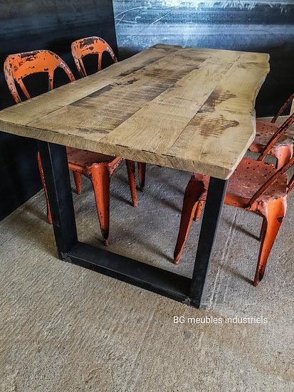 Table à manger vintage réf013