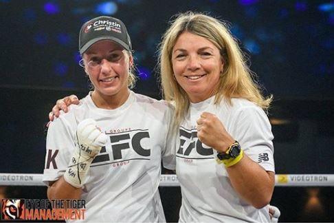 Kim Clavel et son entraineuse prête pour son prochain combat de boxe en 2018