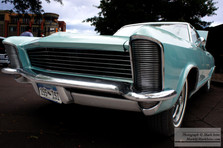 Buick_Riveria_small.jpg