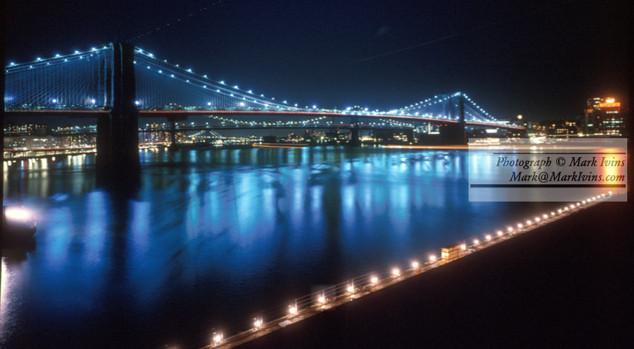 Brooklyn_Bridge_Night.jpg
