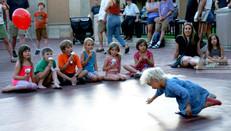 Break_Dancing_Tike_288_crop.jpg
