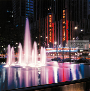 Radio_City_Fountian.jpg