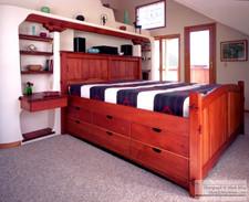 Bed_Woodwork_crop_034.jpg