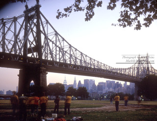 59th_Street_Bridge_&_Manhattan.jpg